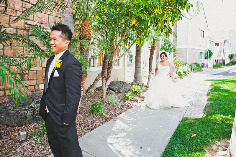 10fun-happy-radical-engagement-wedding-photography-by-hello-studios
