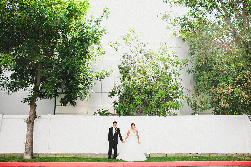 13fun-happy-radical-engagement-wedding-photography-by-hello-studios