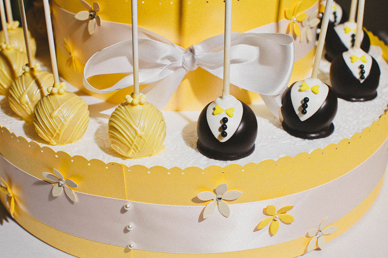 43fun-happy-radical-engagement-wedding-photography-by-hello-studios